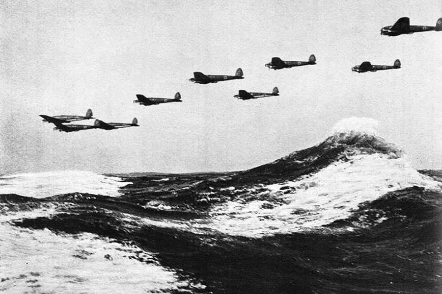 aviones-nazis-atravesando-el-canal-rumbo-a-inglaterra