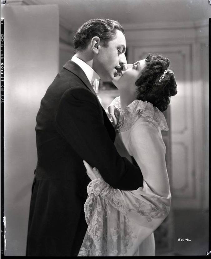escapade-con-william-powell