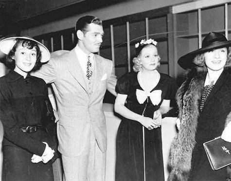luise-rainer-clark-gable-jean-harlow-norma-shearer-classic-movies-29852725-475-372-1