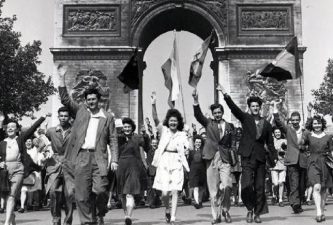 la-division-leclerc-liberait-paris-800